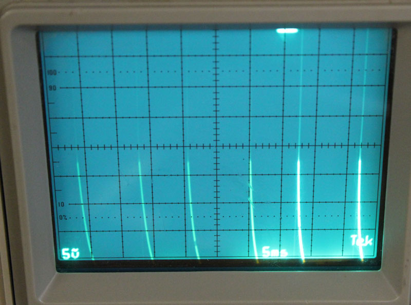 al811 tube sawtooth noise