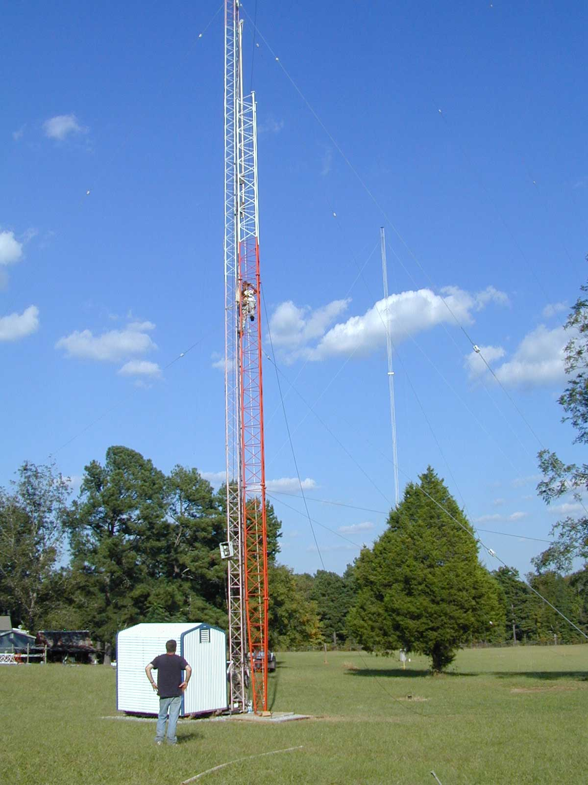 Tower going up. Now at 60 feet.200-foot 160-meter and Europe 20-10 ...