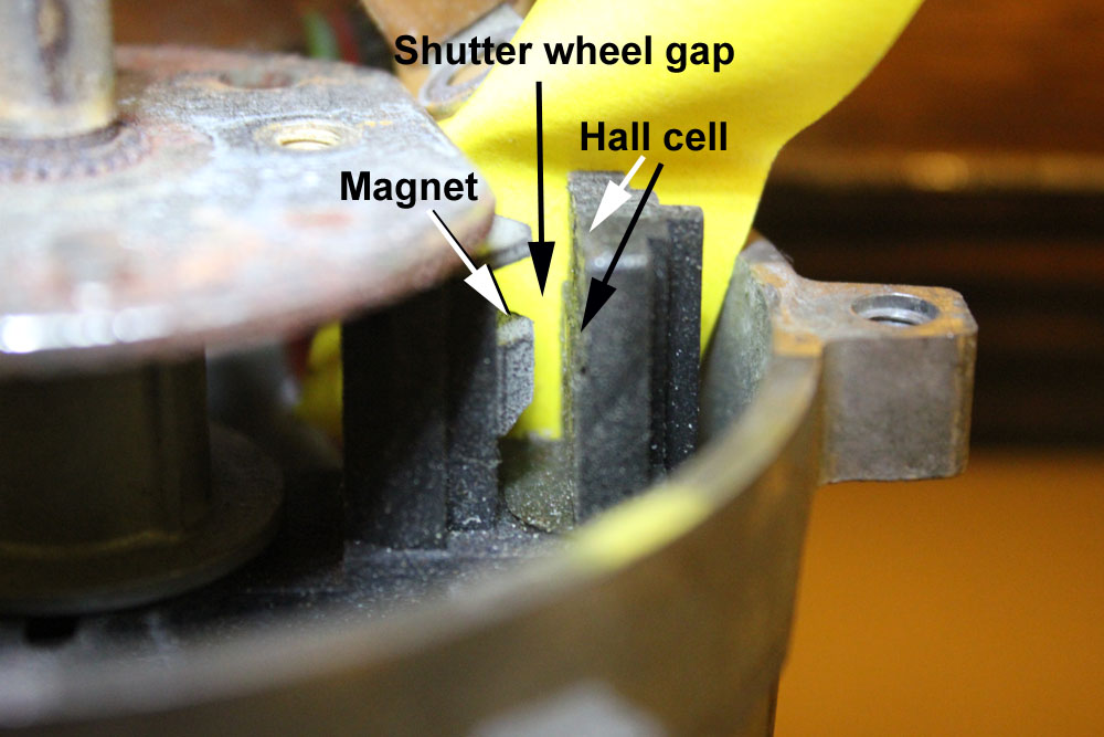 distributor timing parts view Hall effect cell and magnet