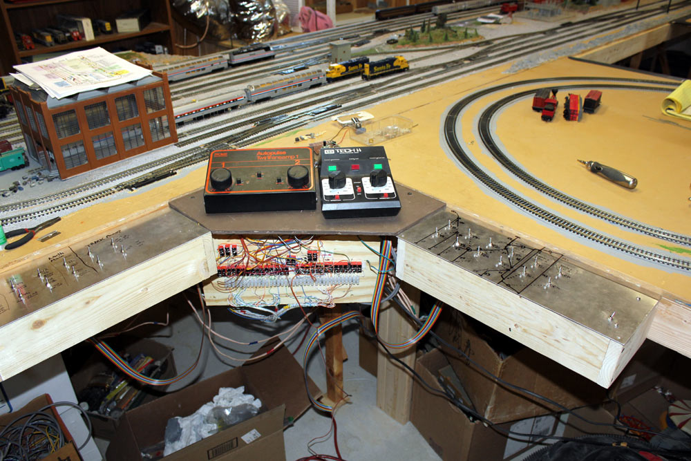 train layout wiring and controls rh w8ji com Wiring Model Railroad Turnouts Block Wiring for Model Railroads